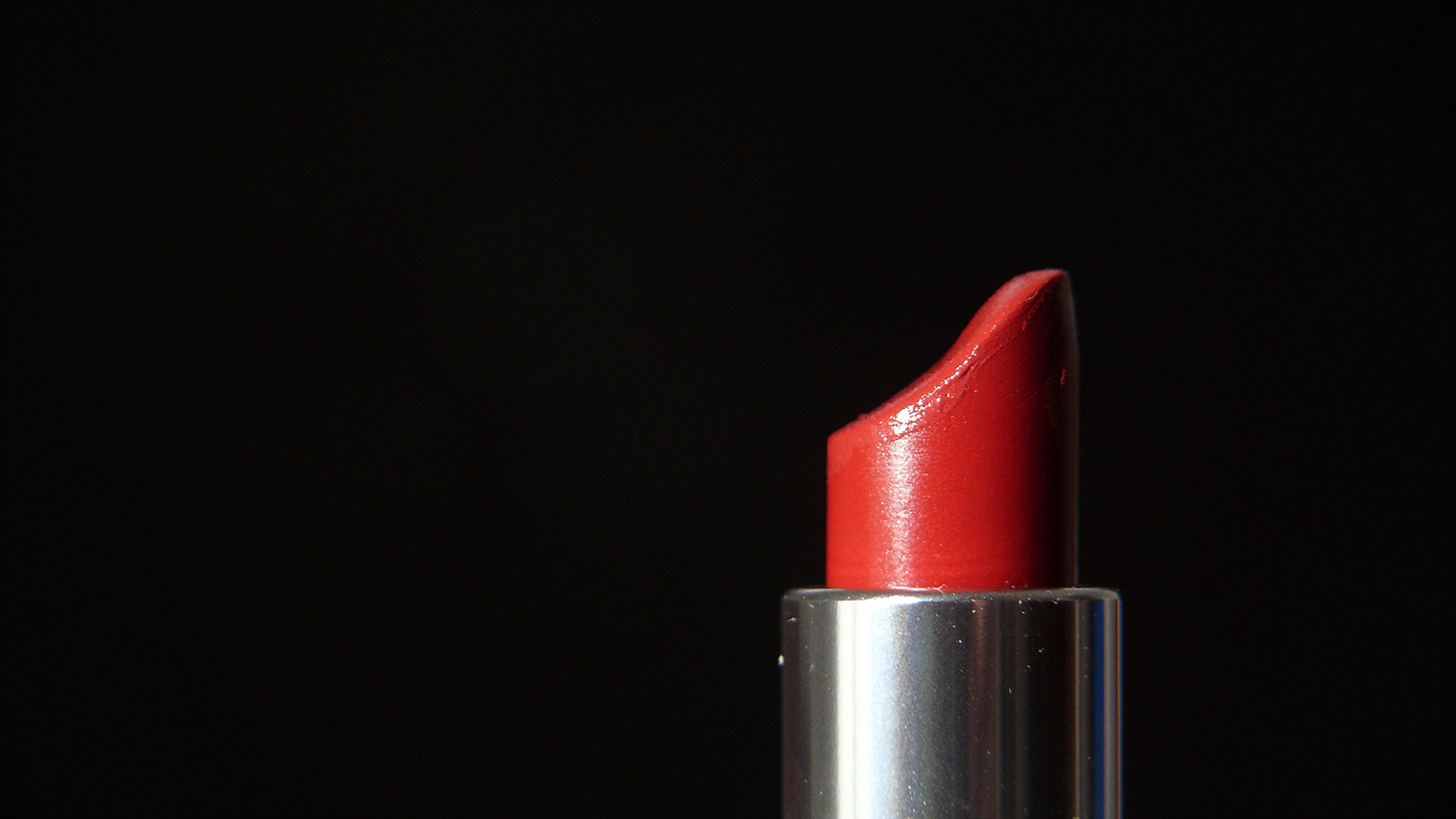 red-lipstick-karmin