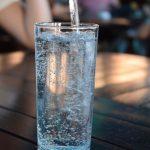 Zašto treba da pijete mnogo vode svaki dan?