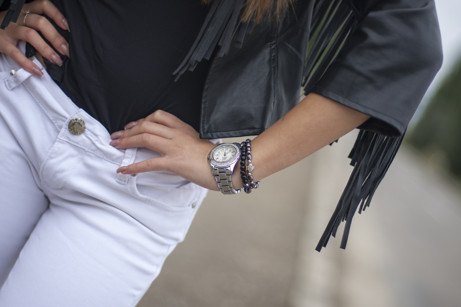white-jeans-pocetna
